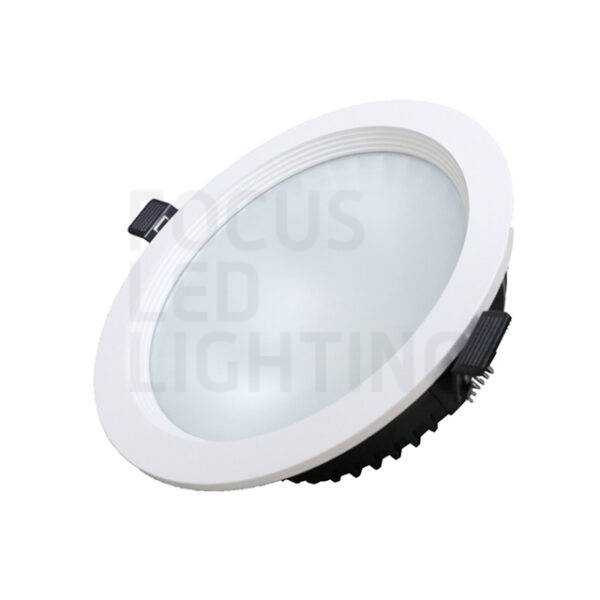 Prof. led downlights UGR<19
